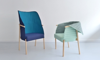 Reves chair is a chair midway between Poltrona and chair, which collects, embraces and permits to feel protected. It can be used in reading mode, or in talk mode, only by repositioning the hood. It is made with a beech structure with oil treatment, this upholstered in textiles Trevira two pleasant bitone and with a soft touch. The beech wood is widely used in the northern Spain for making traditional furniture. Fabrics are eco-label and are free of heavy metals.It is manufactured by carpenters and craftsmen from La Rioja and upholstered in Bizkaia.La silla RevŽs es una silla a medio camino entre poltrona y silla, que recoge, abraza y permite sentirte protegido. Puede usarse en modo lectura, o en modo charla, solo cambiando la posici—n del la capota. Con estructura en madera de haya, con tratamiento al aceite, esta tapizada en dos agradables textiles de trevira en dos tonos y con un tacto suave. La madera de haya es una madera muy usada en el norte de la pen'nsula para hacer mobiliario tradicional. Los textiles utilizados tienen etiqueta ecol—gica y est‡n libres de metales pesados.Est‡ fabricada por artesanos carpinteros de La Rioja y tapizada en Bizkaia.