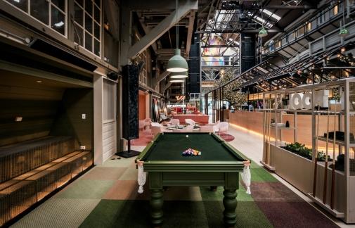 Lo-Lounge-Pool-Room1